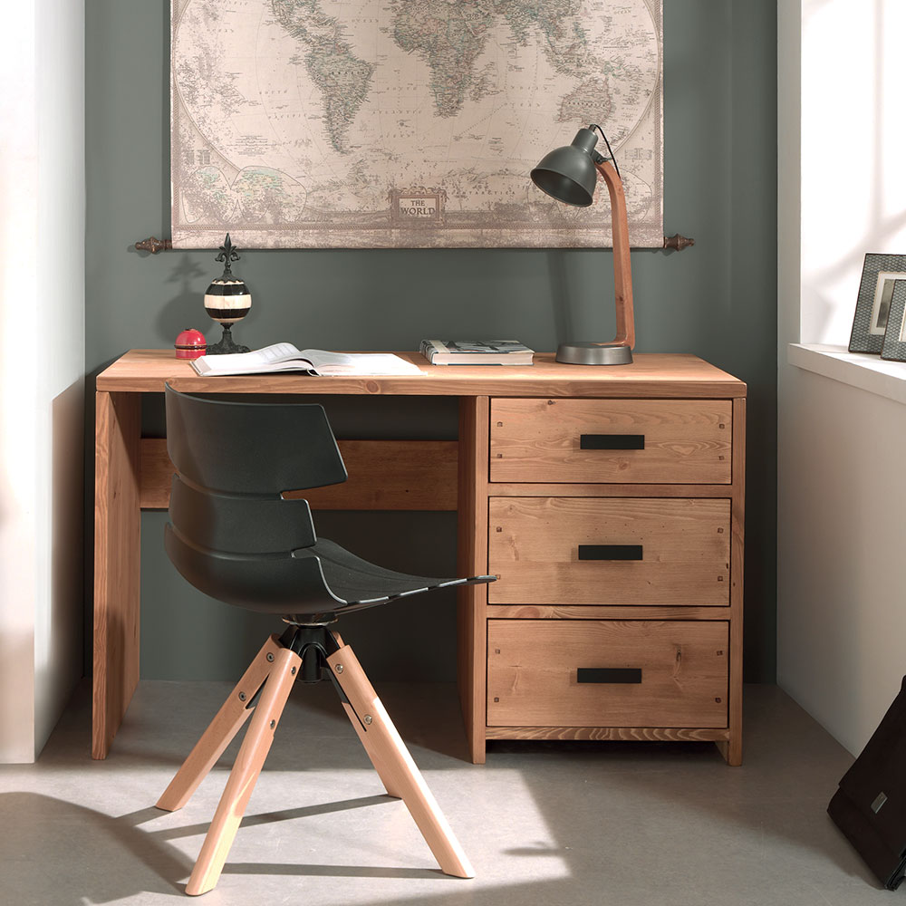 un bureau en bois massif toute preuve un style nature. Black Bedroom Furniture Sets. Home Design Ideas