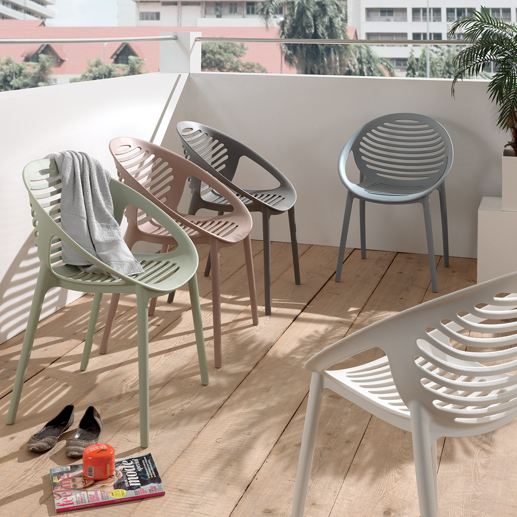 la chaise de jardin empilable rimini en pvc d clinable en 5 coloris. Black Bedroom Furniture Sets. Home Design Ideas