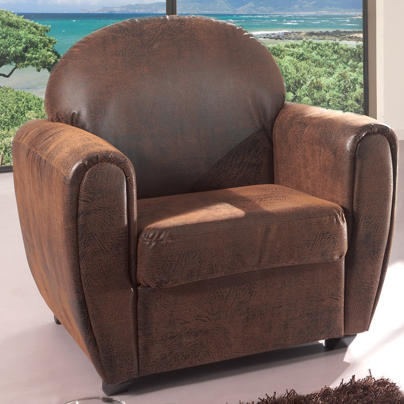 le fauteuil havane imitation cuir ultra cosy typiquement british. Black Bedroom Furniture Sets. Home Design Ideas